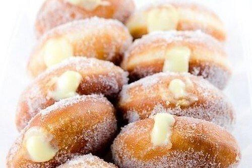 Вкусные пончики с лимонным кремом
