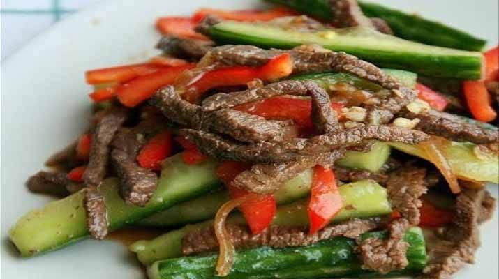 Корейские огурцы с мясом