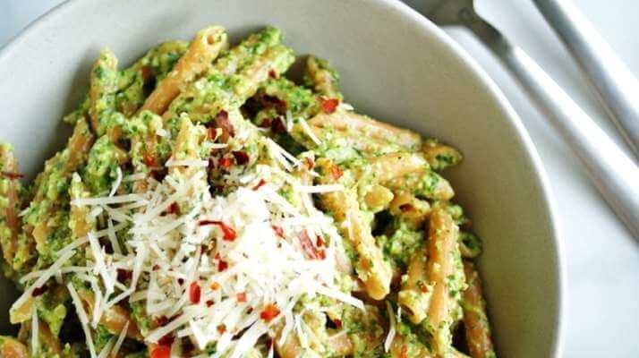 Маринованный лук для салатов, шашлыка, бутербродов