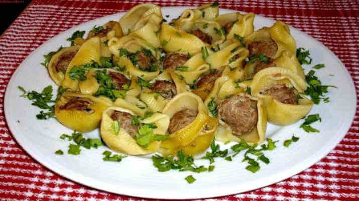 Макароны с фаршем, запеченные в соусе