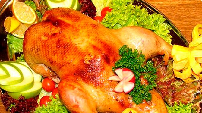 Запеченая курица с кунжутом и имбирем