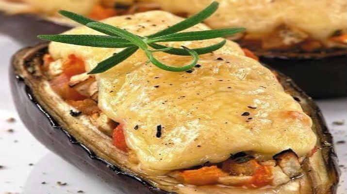 Баклажаны с мясом под сыром
