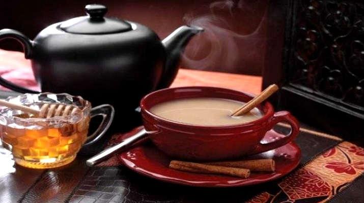 Черный чай с белым вином