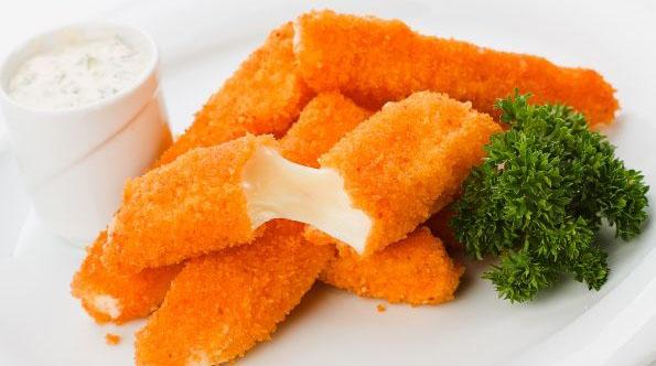 Идеальная закуска — жаренные сырные палочки
