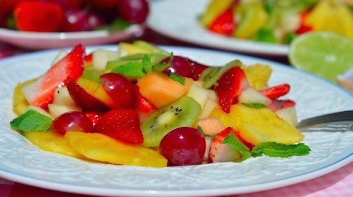 Тропический фруктовый экспресс-салат