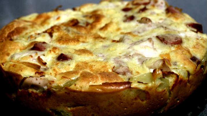 Заливной пирог из картошки с мясом
