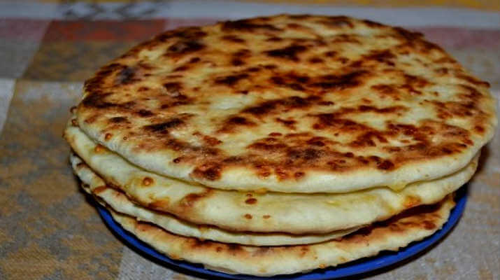 Сырные лепешки вместо хлеба