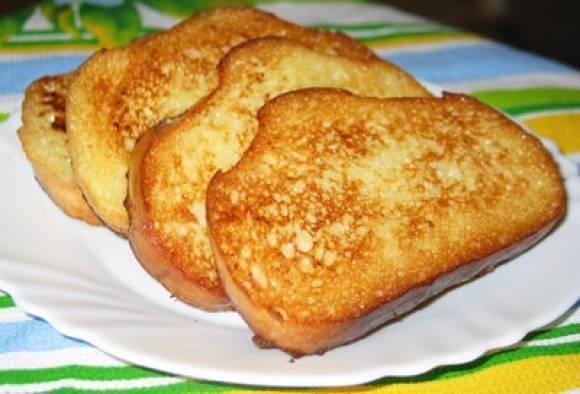 Солоноватые гренки на завтрак