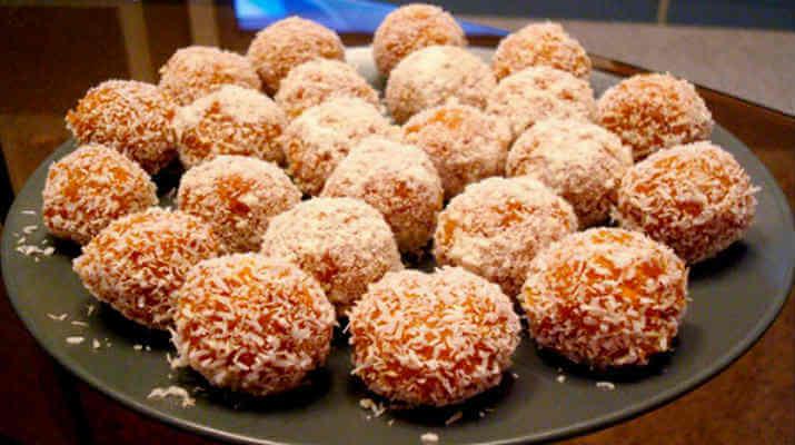 Морковные шарики с кокосом