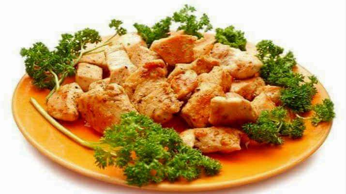 Мясо курицы, обжаренное в масле