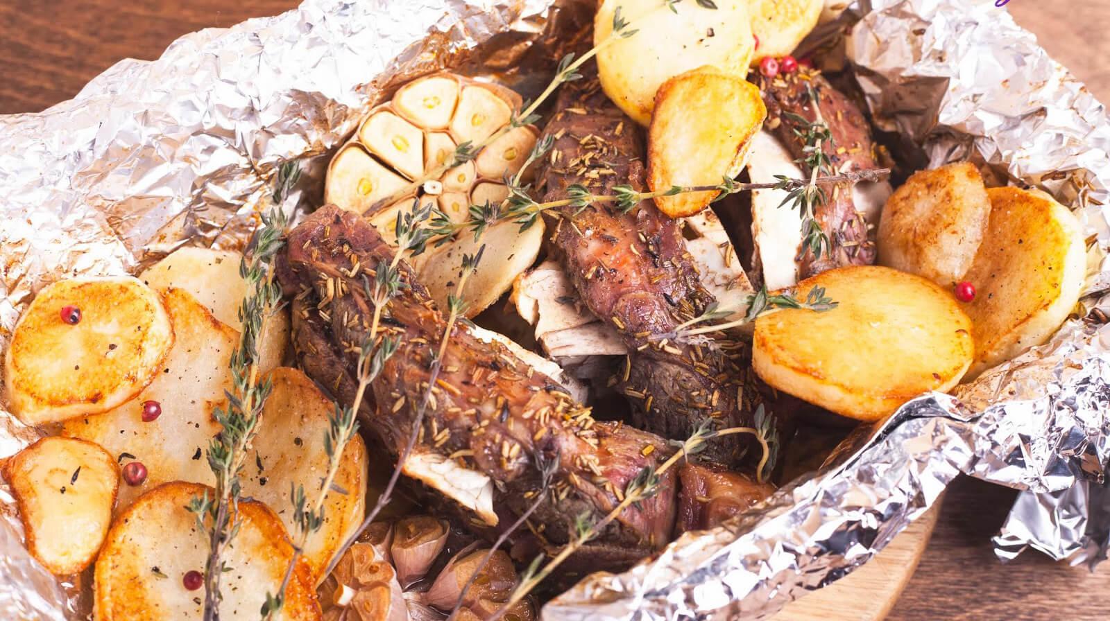 Чудо-блюдо из баранины с пряностями и картошкой