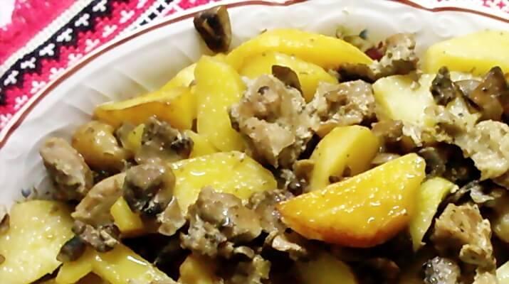«Секретная румяная корочка» — картошка с грибами