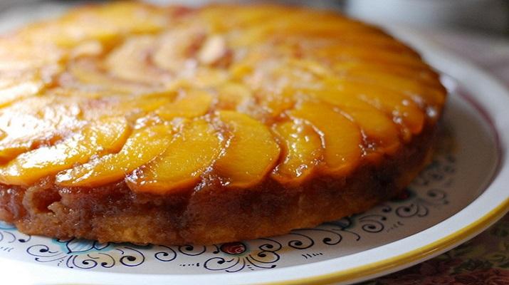 Пирог перевертыш (тарт татен) яблочный. Подавайте с мороженым — райское наслаждение!