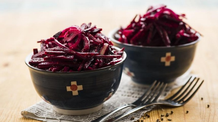 Пасхальный салат «Красная роза»