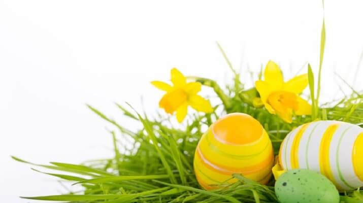 Как красить пасхальные яйца: ТОП-10 способов