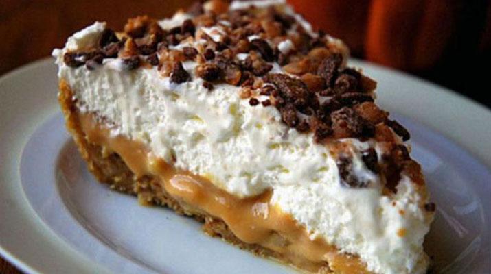 Восхитительный банановый торт «Баноффи» без выпечки