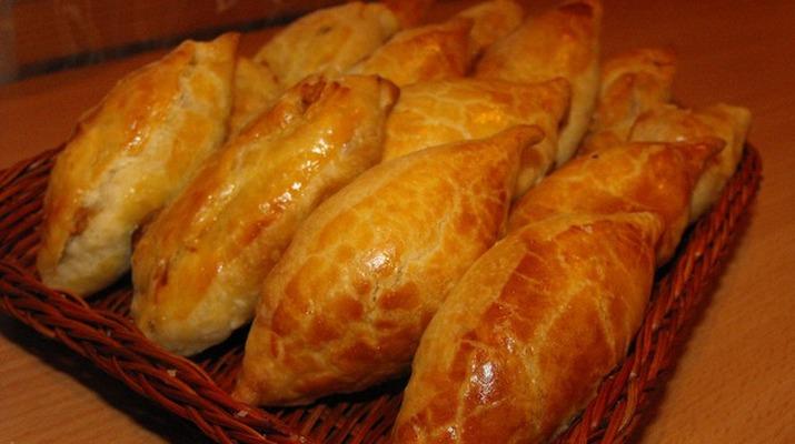 Пироги с баклажанами