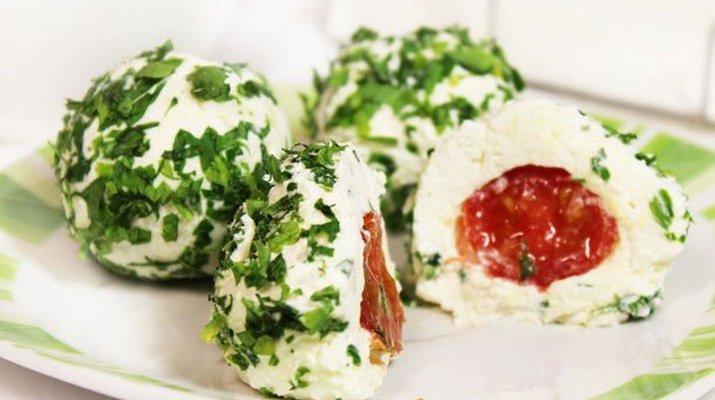 Сырная закуска с помидорами