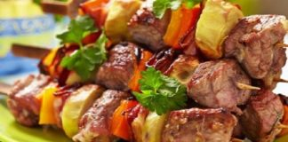 Как готовят всеми любимые кабачковые оладьи в Турции