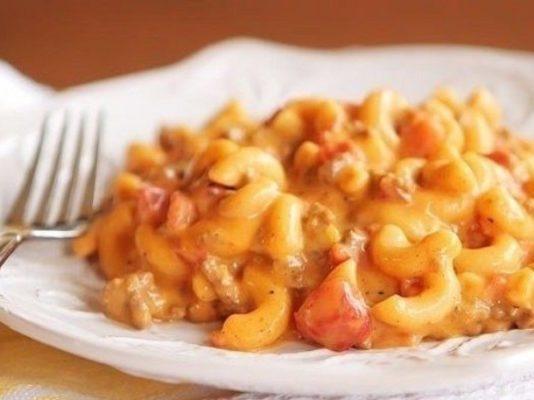 Спагетти с сыром и чесночным соусом