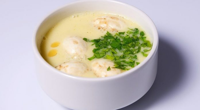 Луковый суп по-тайски