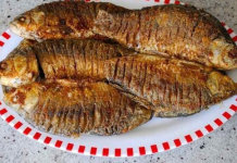 Тушеная рыба в молоке в горшочках