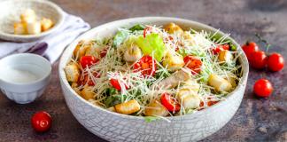 Котлеты из картошки с грибным соусом