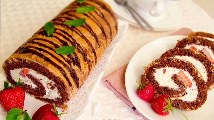 ТОП-9 рецептов вкуснейших домашних бисквитных рулетов!