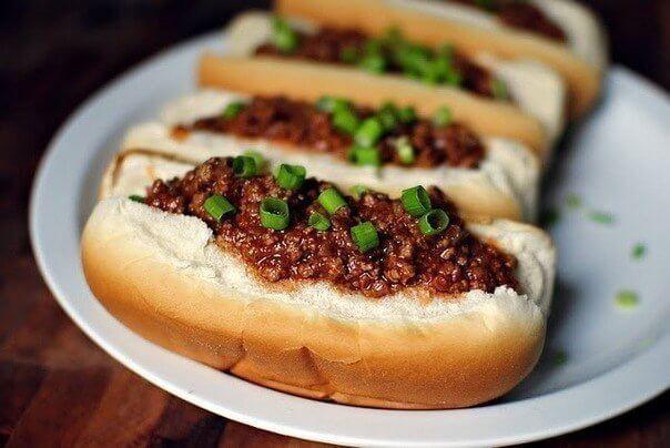 Домашние хот-доги с мясным фаршем