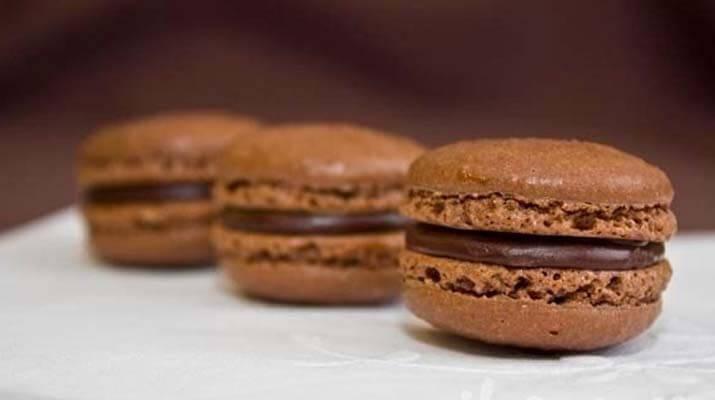 Шоколадные macarons