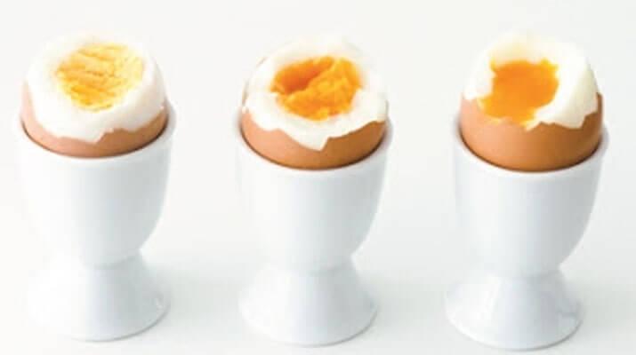 Что делать с вареными яйцами