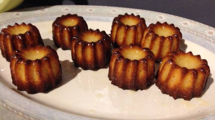 Десерт Канеле