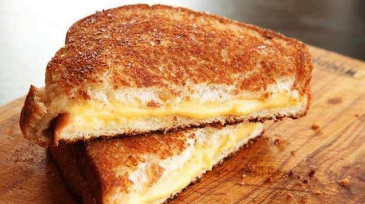 Сэндвич с сыром жареный