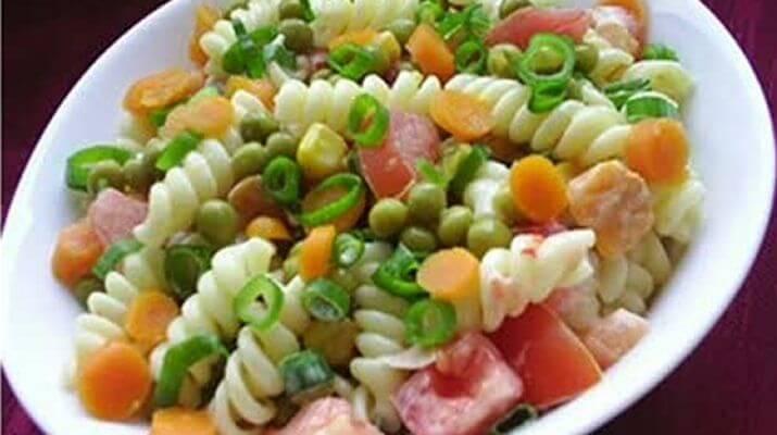 Салат из макаронных изделий