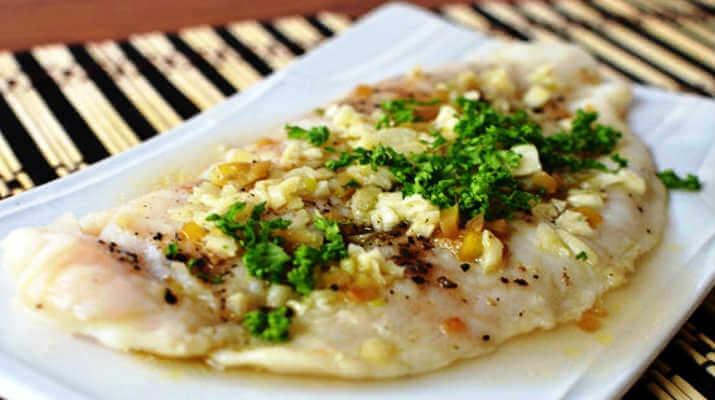 Рыба с розмариновым соусом