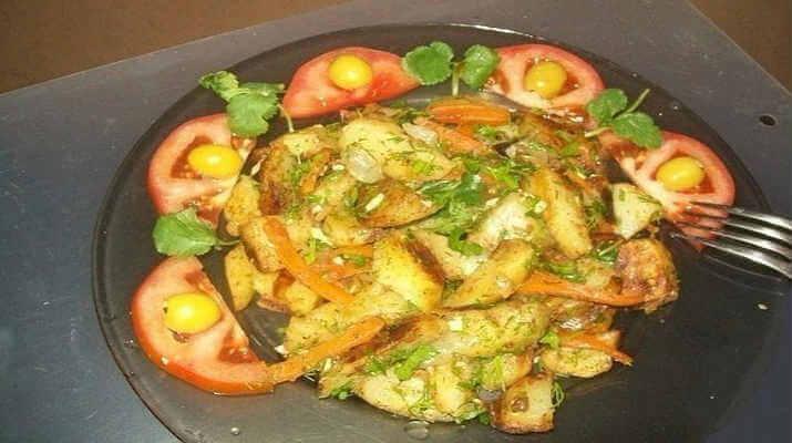 Картошка с овощами, жареная в рукаве