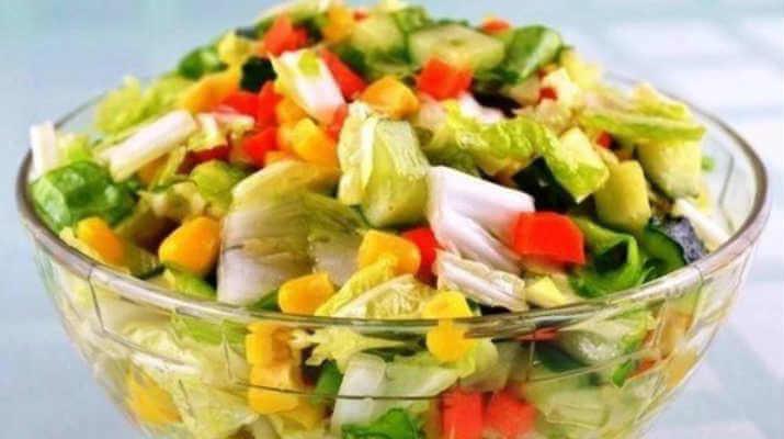 салат из овощей рецепт с фото для худеющих