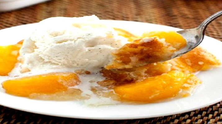 Персиковый кекс к мороженому