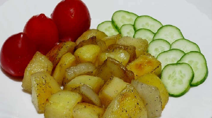 Картошка с салом в «рукаве»