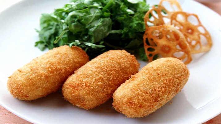 Зразы картофельные с сосиской