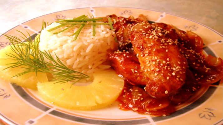 Крылышки в соусе с кунжутом