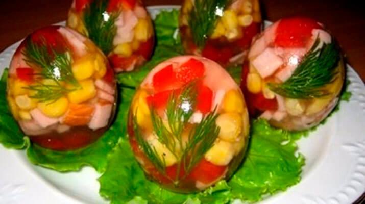 Салат из цветной капусты с индейкой