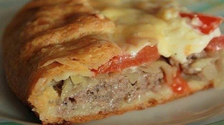 Открытый мясной пирог на нежном картофельном тесте