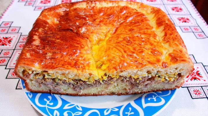 Мясной или рыбный пирог
