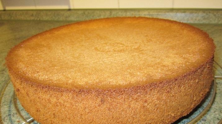 Ванильный бисквит на кипятке — уникальный рецепт и шикарный результат!
