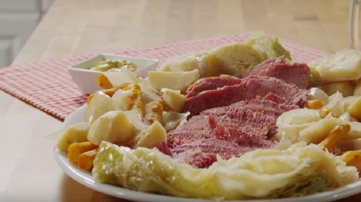 Запеканка из макарон с колбасой