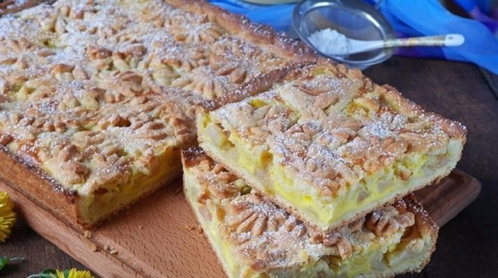 Яблочный пирог из песочного теста. Нежнейший пирог с отменным вкусом!