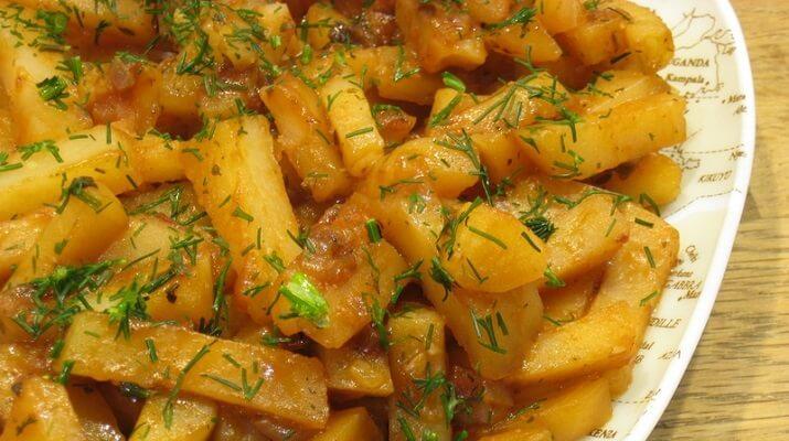11 небанальных блюд, которые можно приготовить из обычного картофеля