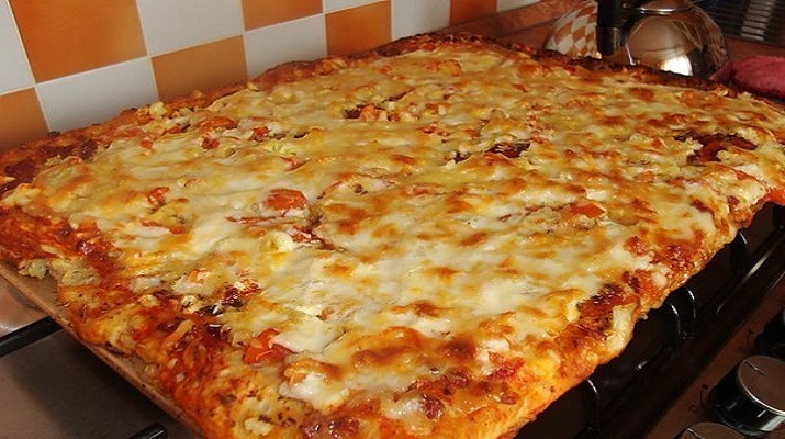 Пицца! Рецепт для тех, кто любит пиццу, но ленится ее готовить