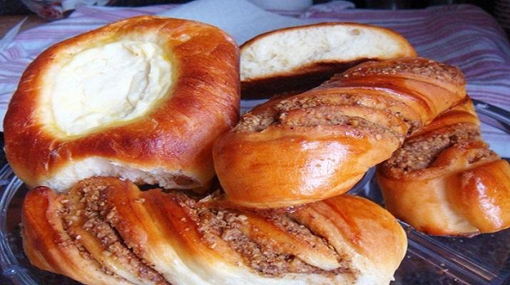 Классика русской кухни : ватрушки, а также ореховые трубочки-вертушечки